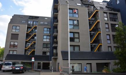 Appartement met 2 slaapkamers en ondergrondse autostandplaats. Gelegen in het centrum.